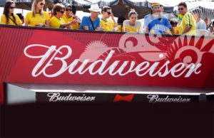Bia Budweiser phục vụ World Cup